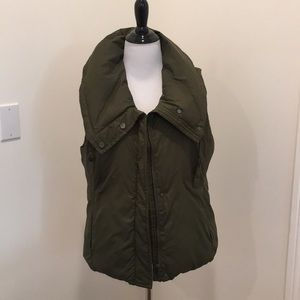 Eileen Fisher olive green down vest size Medium